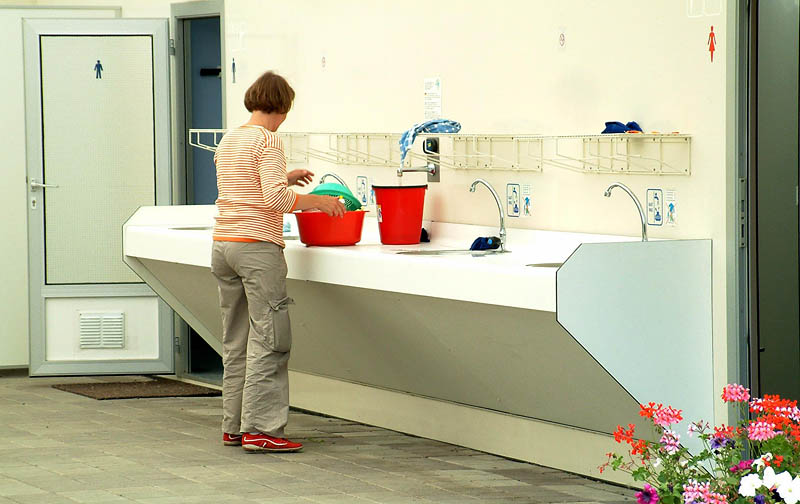 Sinks for hand washing of dishes