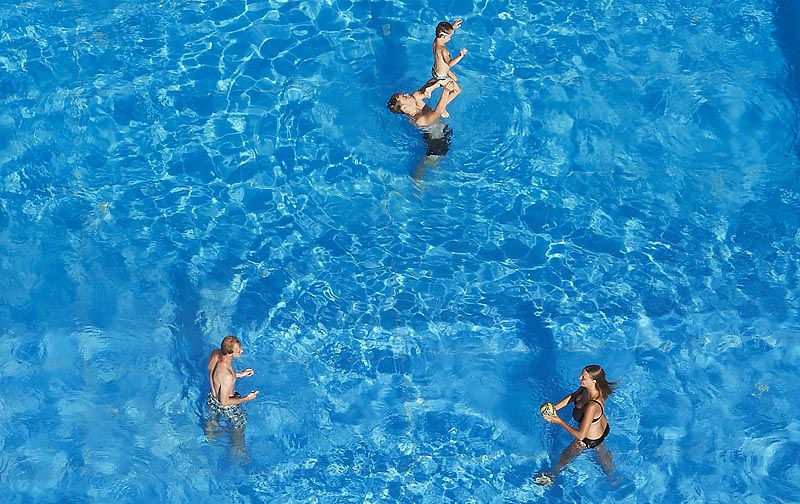 Swimming pool  9x15 m