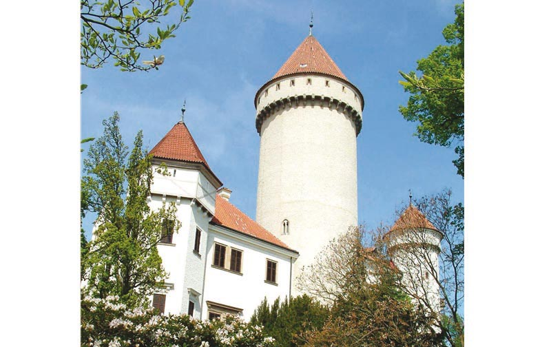 16 - Konopiště chateau - chateau with beautiful interiors, choice of 3 castle tours (41 km)