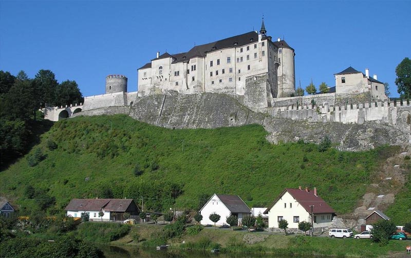 18 - Czech Štenberk Castle - ancient castle above the Sázava river (46 km)