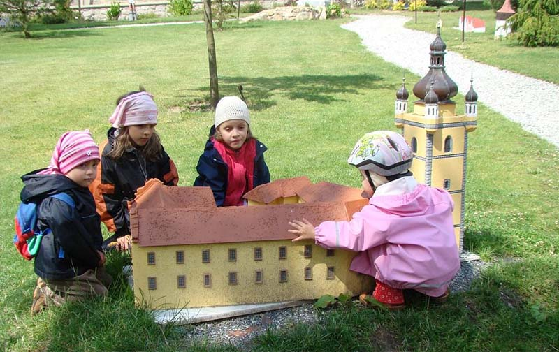 51 - Berchtold children's paradise - models of Czech castles, children's playground (21 km)